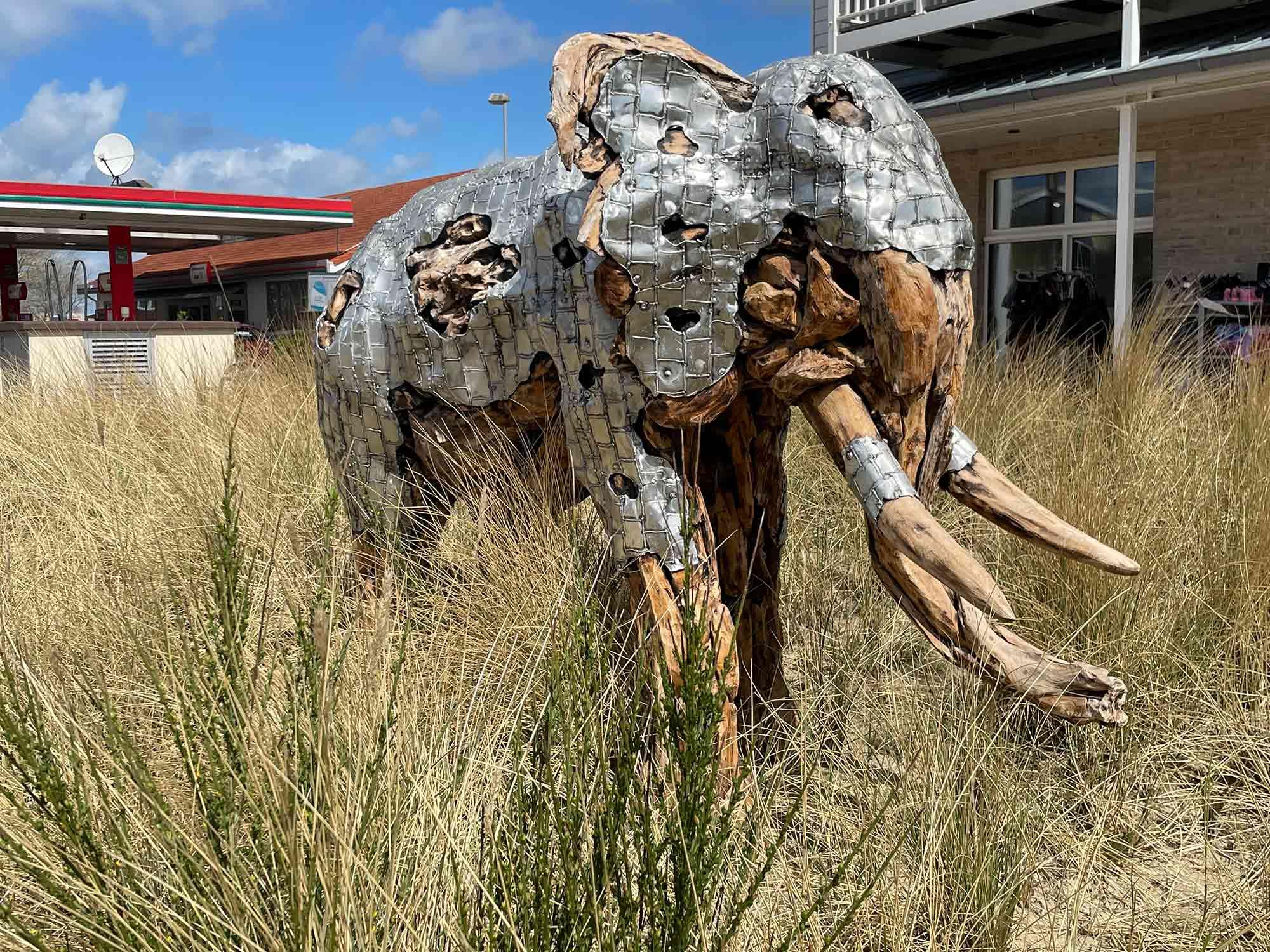 Teakholz-Skulptur Elefant