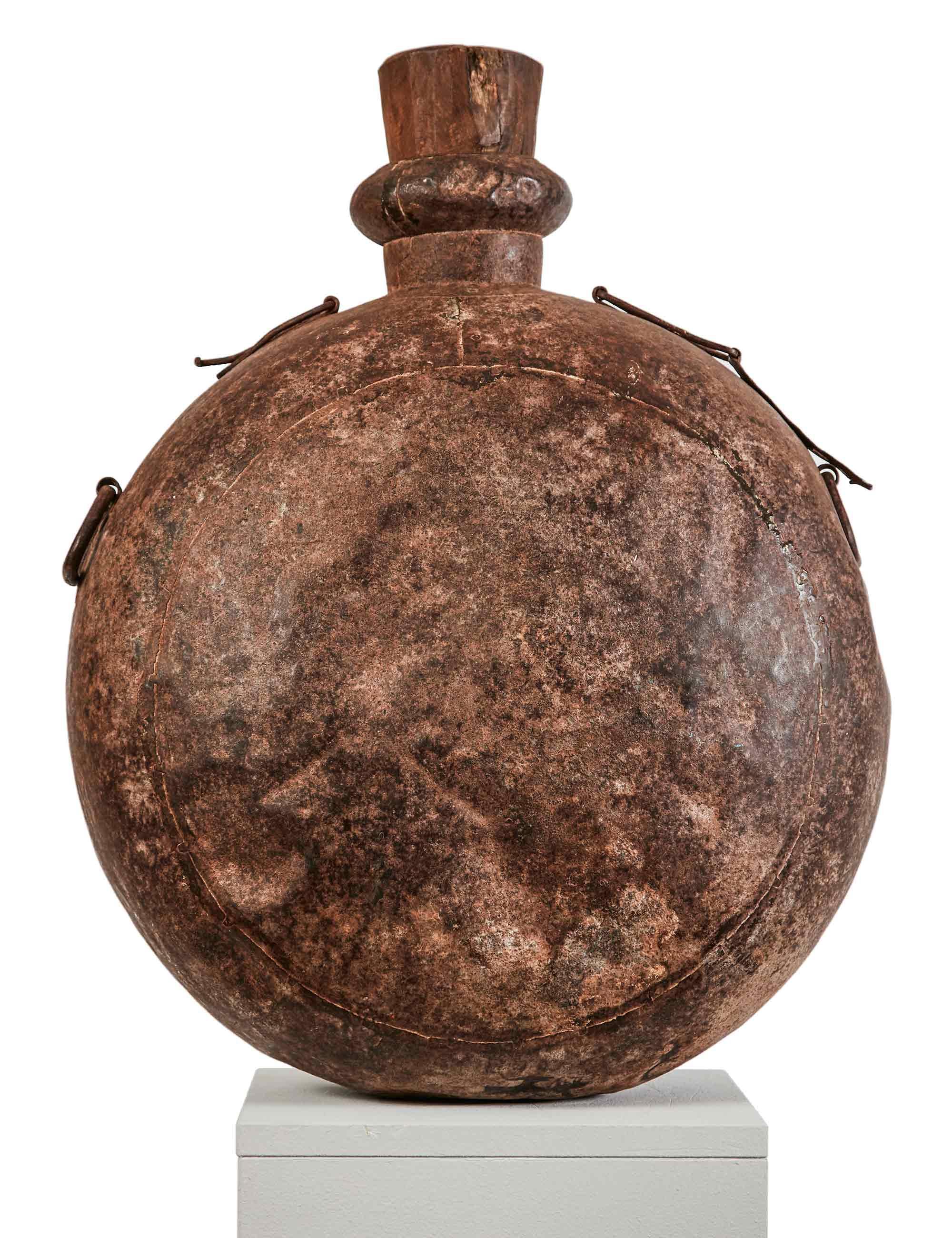 Antike Wasserflasche, M