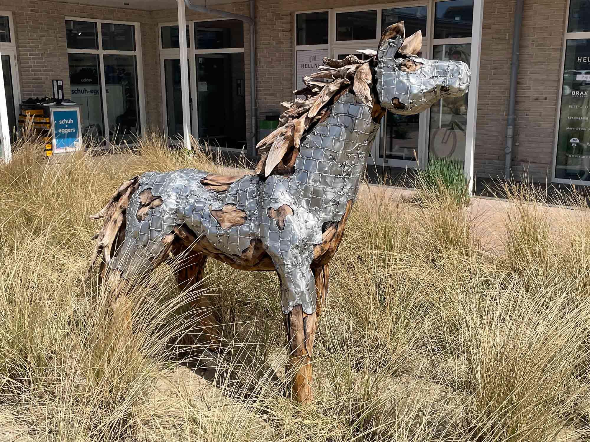 Teakholz-Skulptur Fohlen #4